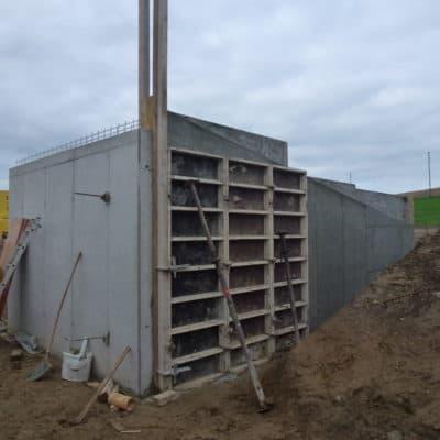 Neubau Betonbau Wandschalung Stützmauer