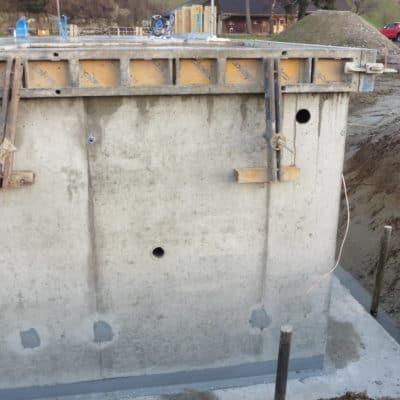Neubau Betonbau Kellerwand